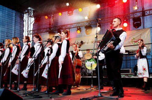 """2015 08 02 DSC6410 1024x682 500x332 Basznia Dolna – """"Festiwal Kultur i Kresowego Jadła"""""""